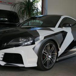 Camouflage Folierung. Audi TT RS.